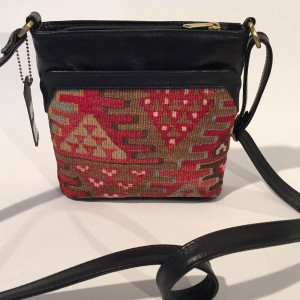Kilim Small Shoulder Bag in Red